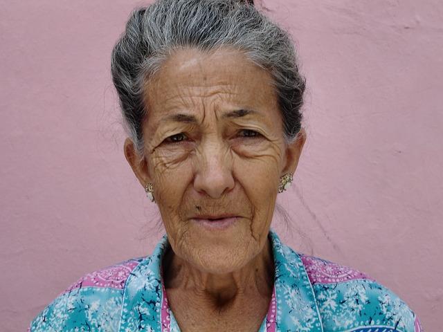 Oma kennt die Lösung um Terrassendächer dauerhaft zu versiegelen